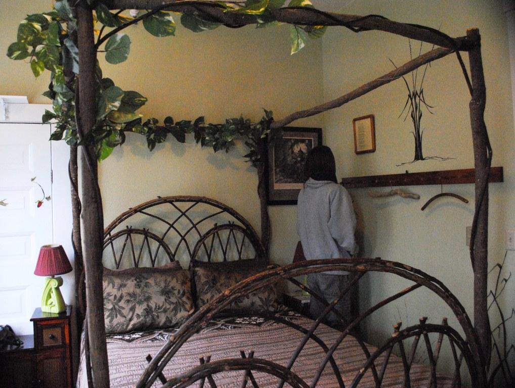 Sylvia Hotel Rooms