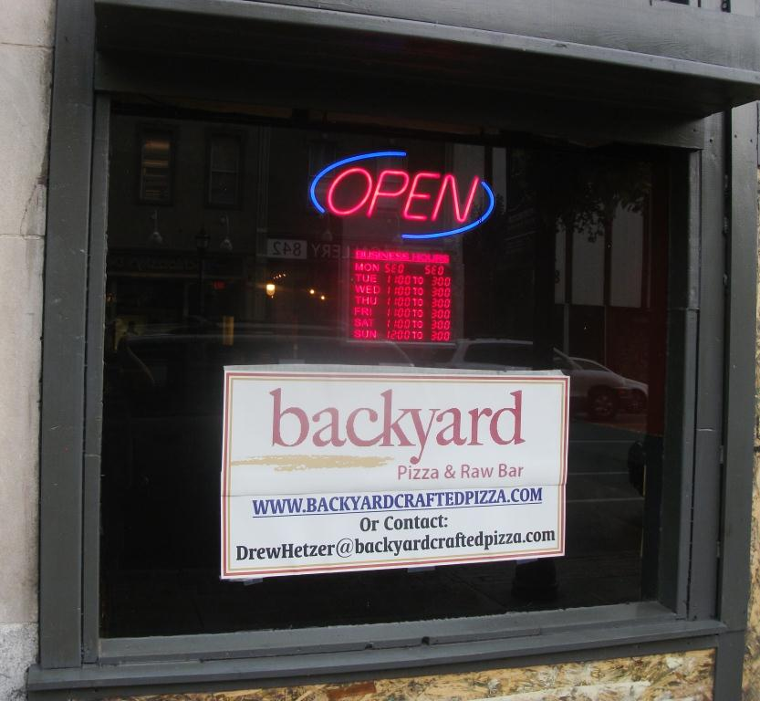 here is the backyard pizza and raw bar located at 841 4th avenue
